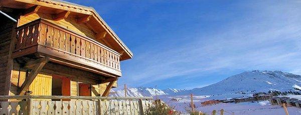 buitenzijde-les-lodges-et-chalets-des-alpages-plagne-soleil-paradiski-interlodge.jpg