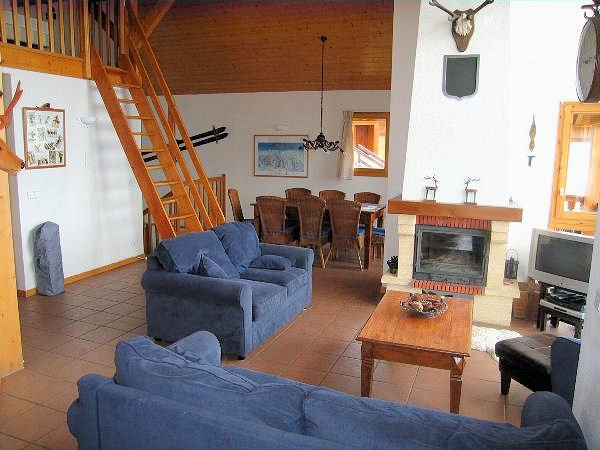 chalet-de-bellecote-kamer-open-haard-vallandry-paradiski-frankrijk-wintersport-interlodge.jpg