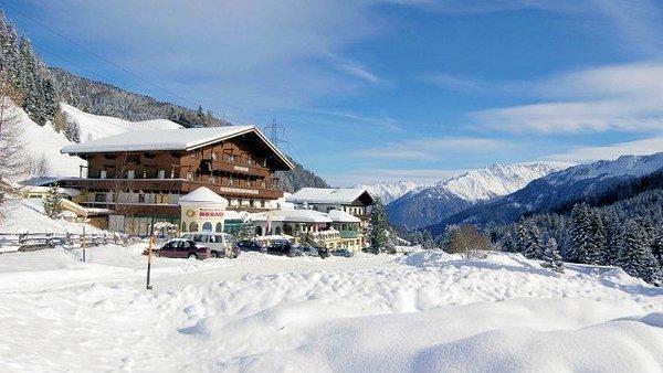 mountainclub-ronach-wald-im-pinzgau-zillertal-konigsleiten-wintersport-oostenrijk-interlodge.jpg