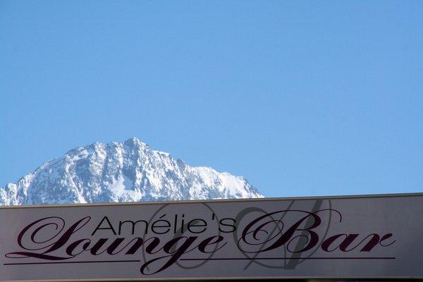 amelie-lounge-bar-hotel-amelie-brides-les-bains-les-trois-vallees-frankrijk-wintersport-ski-snowboard-raquettes-schneeschuhlaufen-langlaufen-wandelen-interlodge.jpg