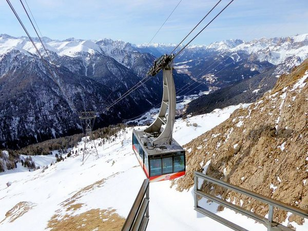 gondola-rodella-campitello-wintersport-italie-interlodge.jpg