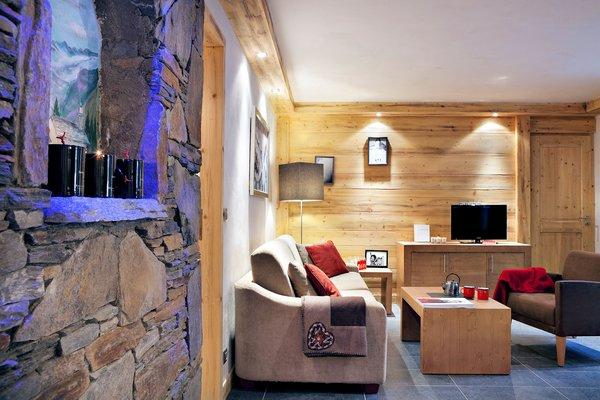residence-les-chalets-d-angele-woonkamer-chatel-les-portes-du-soleil-interlodge.jpg