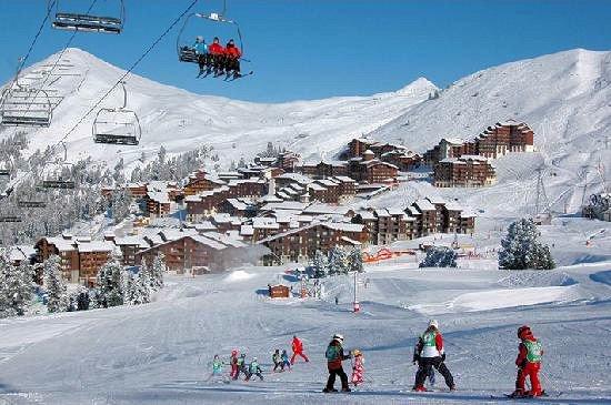 uitzicht-belle-plagne-paradiski-wintersport-frankrijk-ski-snowboard-raquettes-langlaufen-wandelen-interlodge.jpg