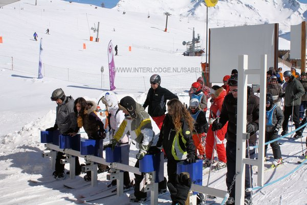vertrek-lift-espace-san-bernardo-la-rosiere-frankrijkwintersport-ski-snowboard-raquette-schneeschuhlaufen-langlaufen-wandelen-interlodge.jpg