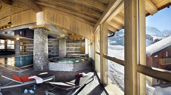 residence-les-granges-du-soleil-zwembad-plagne-soleil-wintersport-frankrijk-ski-snowboard-raquettes-schneeschuhlaufen-langlaufen-wandelen-interlodge.jpg