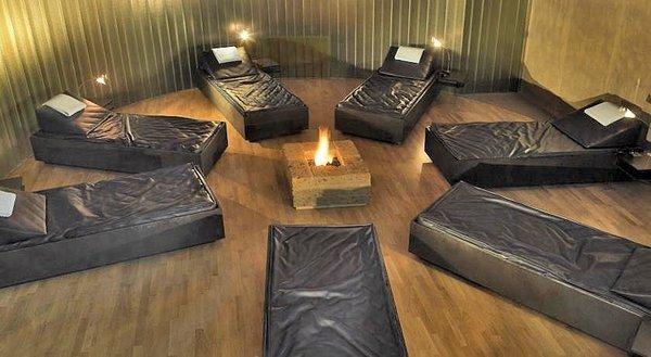 relaxruimte-hotel-schwarzer-adler-kitzbuhel-wintersport-interlodge.jpg