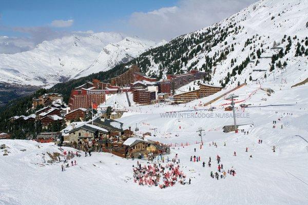 panorama-arc-2000-paradiski-wintersport-frankrijk-ski-snowboard-raquettes-langlaufen-wandelen-interlodge.jpg