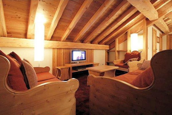 residence-goleon-valecrin-interieur-kamer-schuin-dak-les-deux-alpes-wintersport-frankrijk-ski-snowboard-raquettes-schneeschuhlaufen-langlaufen-wandelen-interlodge.jpg