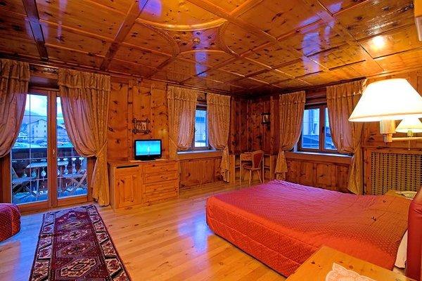 livigno-hotel-montanina-kamer-wintersport-italie-ski-snowboard-raquettes-schneeschuhlaufen-langlaufen-wandelen-interlodge.jpg