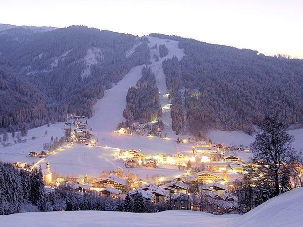 dorp-flachau-ski-amade-wintersport-oostenrijk-interlodge.jpg