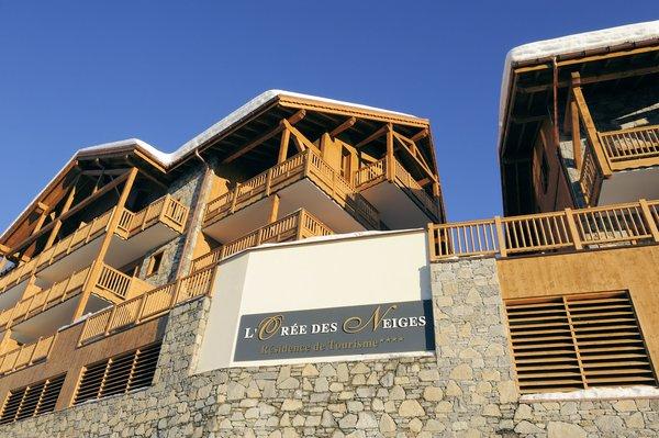 residence-l-oree-des-neiges-vallandry-paradiski-voorkant-wintersport-frankrijk-ski-snowboard-raquettes-schneeschuhlaufen-langlaufen-wandelen-interlodge.jpg