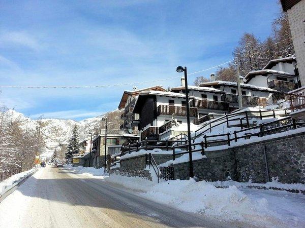 centrum-valtournenche-matterhorn-ski-paradise-wintersport-italie-interlodge