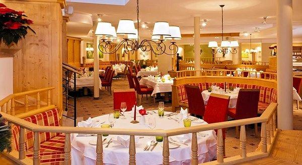 restaurant-hotel-kaiserhof-kitzbuhel-wintersport-interlodge.jpg