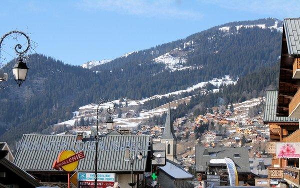 kerk-chatel-les-portes-du-soleil-wintersport-frankrijk-ski-snowboard-raquettes-langlaufen-wandelen-interlodge.jpg