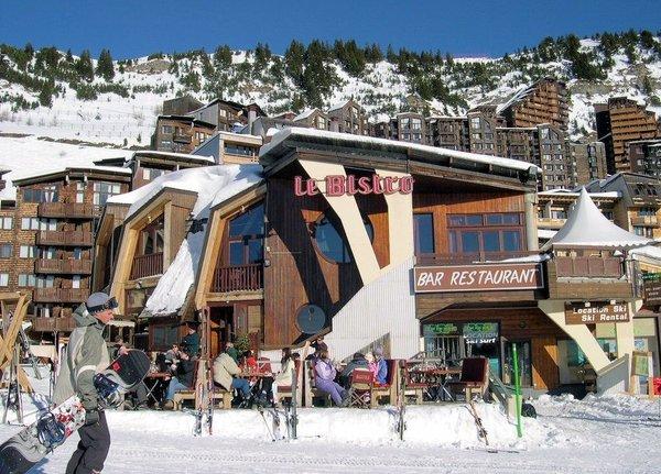 restaurant-avoriaz-les-portes-du-soleil-wintersport-frankrijk-ski-snowboard-raquettes-schneeschuhlaufen-langlaufen-wandelen-interlodge.jpg