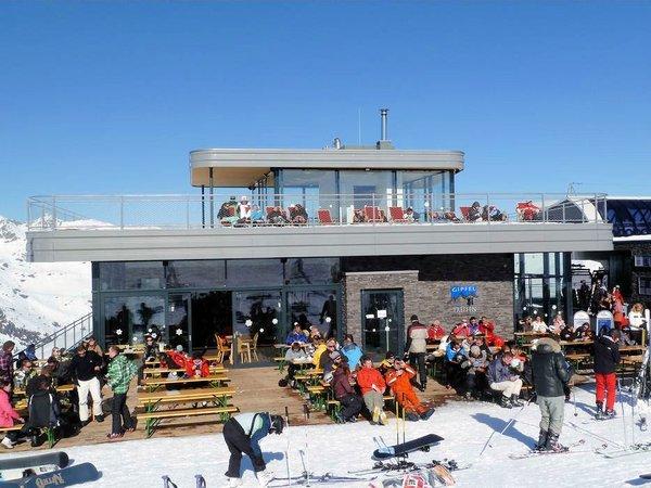 zonnenterras-gipfeltreffen-zillertal-arena-oostenrijk-wintersport-ski-snowboard-raquette-schneeschuhlaufen-langlaufen-wandelen-interlodge.jpg