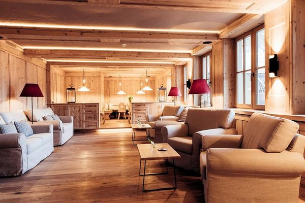 lounge-hotel-habicherhof-oetz-oetztal-otztal-wintersport-oostenrijk-interlodge