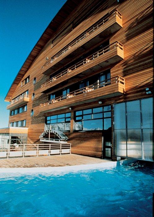 beeld-buitenkant-hotel-le-viking-morzine-portes-du-soleil-interlodge.jpg