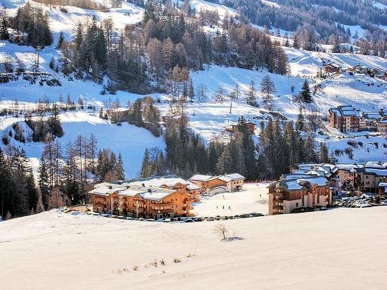 vergezicht-balcons-de-valcenislehaut-wintersport-interlodge.jpg