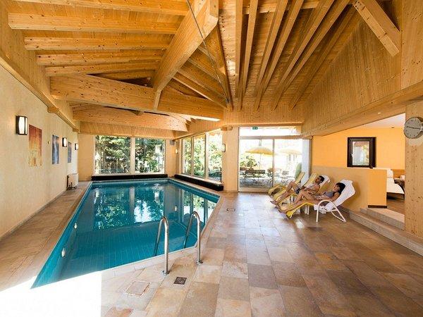 zwembad-hotel-stefanie-seefeld-olympia-region-wintersport-oostenrijk-interlodge.jpg