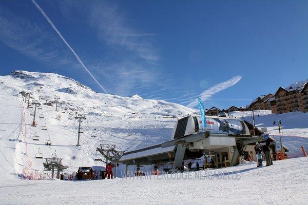 cabine-valmeinier-1800-domaine-galibier-thabor-frankrijk-wintersport-ski-snowboard-raquette-schneeschuhlaufen-langlaufen-wandelen-interlodge.jpg