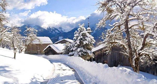 samoens-village-le-grand-massif-wintersport-frankrijk-ski-snowboard-raquettes-schneeschuhlaufen-langlaufen-wandelen-interlodge.jpg