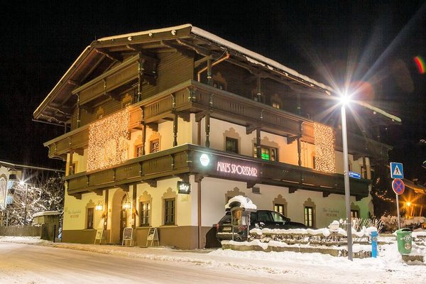 hotel-pension-siegelerhof-mayrhofen-zillertal-wintersport-interlodge.jpg