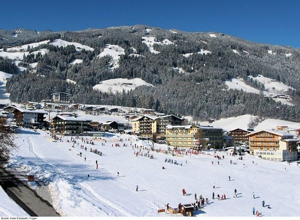 fuegen-hochzillertal-wintersport-interlodge.jpg