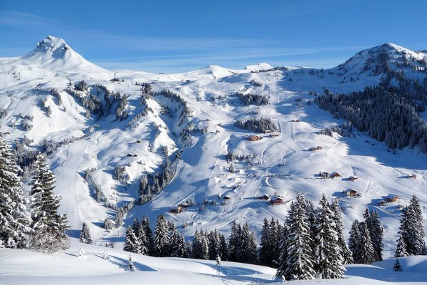 uitzicht-damuls-vorarlberg-wintersport-oostenrijk-interlodge