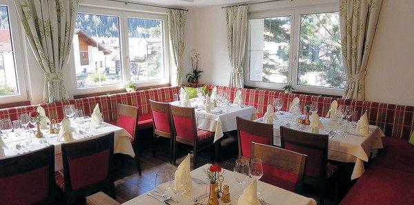 restaurant-landhotel-pettneuerhof-pettneu-am-arlberg-wintersport-oostenrijk-interlodge.jpg