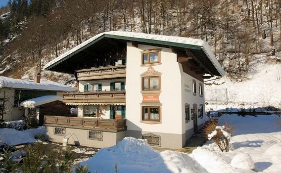 buitenkant-fruhstuckpension-hochwimmer-zell-am-see-europa-sportregion-wintersport-oostenrijk-interlodge.jpg