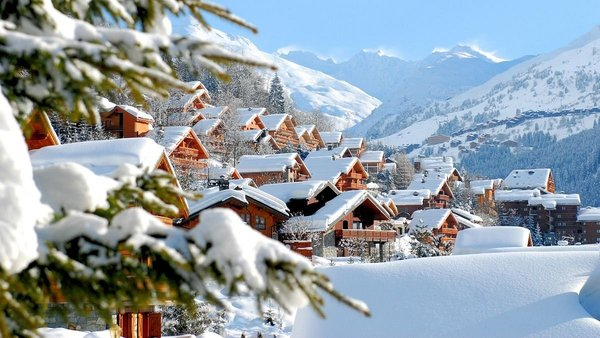 buiten-meribel-les-trois-vallees-wintersport-frankrijk-interlodge