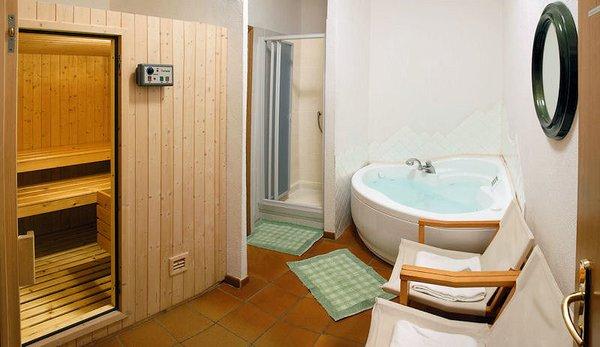 sauna-hotel-banchetta-sestriere-borgata-via-lattea-wintersport-italie-ski-snowboard-raquetes-schneeschuhlaufen-wandelen-langlaufen-interlodge.jpg