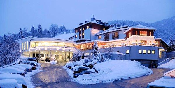 sporthotel-wagrain-nacht-ski-amade-wintersport-oastenrijk-interlodge.jpg