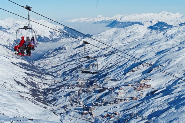 uitzicht-les-menuires-les-trois-vallees-wintersport-frankrijk-interlodge