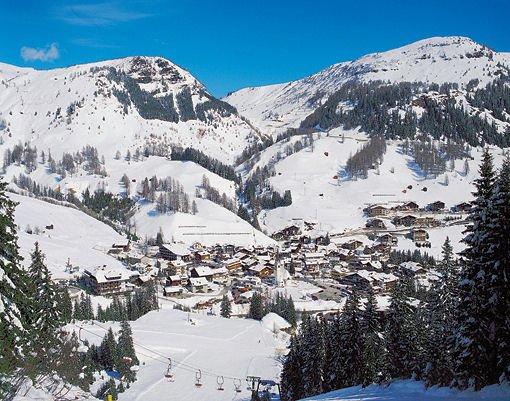 panorama-arabba-dolomiti-superski-wintersport-italie-ski-snowboard-raquettes-schneeschuhlaufen-langlaufen-wandelen-interlodge.jpg