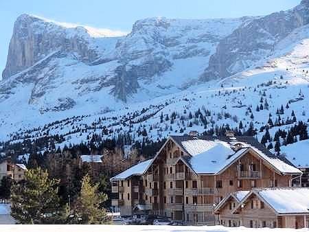 le-hameau-du-puy-superdevoluy-wintersport-franrijk-ski-snowboard-raquettes-schneeschuhlaufen-langlaufen-wandelen-interlodge.jpg