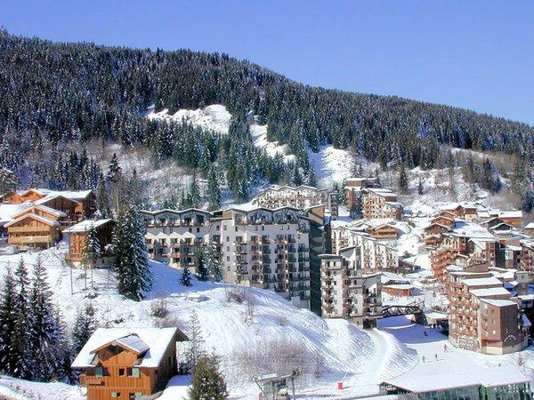 uitzicht-op-de-la-tania-vanaf-de-gondel-wintersport-frankrijk-ski-snowboard-raquettes-langlaufen-wandelen-interlodge.jpg