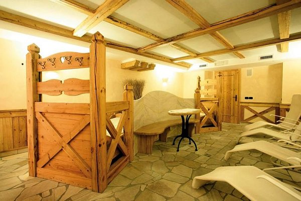 wellness-hotel-bertelli-madonna-skirama-dolomiti-wintersport-italie-ski-snowboard-raquettes-langlaufen-wandelen-interlodge.jpg