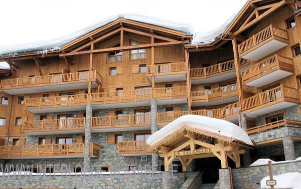 buitenkant-residence-telemark-tignes-le-lac-espace-killy-interlodge.jpg
