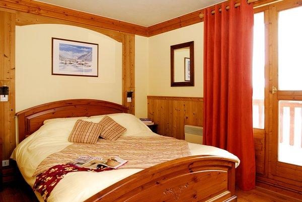 slaapkamer-chalet-montagnettes-le-chalet-des-cimes-belle-plagne-paradiski-wintersport-frankrijk-ski-snowboard-raquettes-langlaufen-wandelen-interlodge.jpg