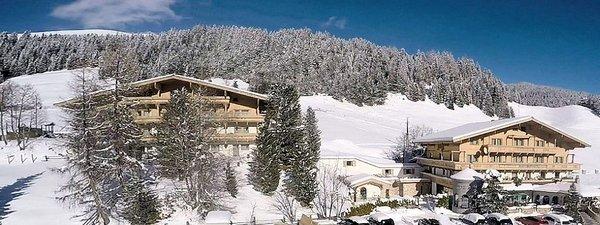 buitenkant-mountainclub-ronach-wald-im-pinzgau-zillertal-konigsleiten-wintersport-oostenrijk-interlodge.jpg