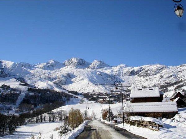entree-saint-sorlin-d-arves-les-sybelles-wintersport-frankrijk-ski-snowboard-raquettes-schneeschuhlaufen-langlaufen-wandelen-interlodge.jpg