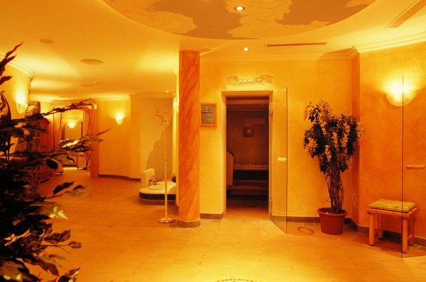 hotel-konigsleiten-wellness-konigsleiten-zillertal-arena-wintersport-oostenrijk-ski-snowboard-langlauf-raquettes-schneeschuhlaufen-wandelen-interlodge.jpg
