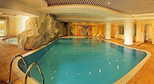 zwembad-sporthotel-brixen-skiwelt-wilder-kaiser-wintersport-interlodge.jpg