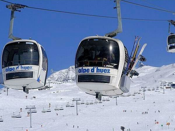 cabines-alpe-d-huez-grandes-rousses-wintersport-frankrijk-ski-snowboard-raquettes-langlaufen-wandelen-interlodge.jpg