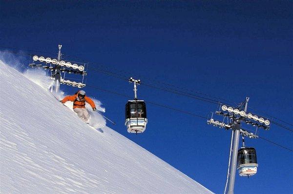 skier-les-menuires-les-trois-vallees-wintersport-frankrijk-ski-snowboard-raquettes-schneeschuhlaufen-langlaufen-wandelen-interlodge.jpg