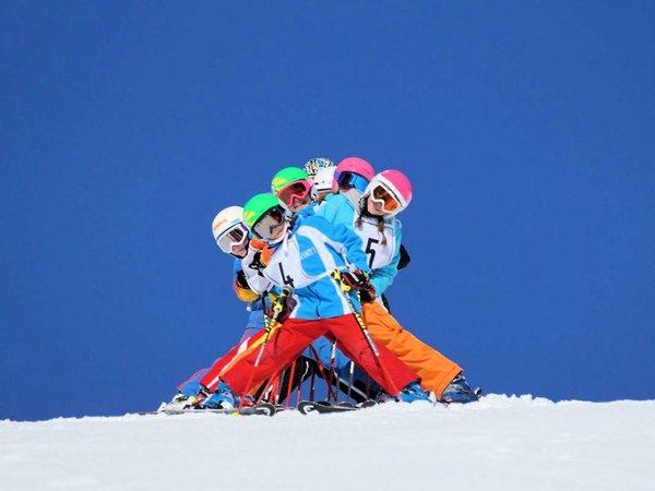 skischool-filzmoos-salzburger-sportwelt-amade-wintersport-oostenrijk-interlodge