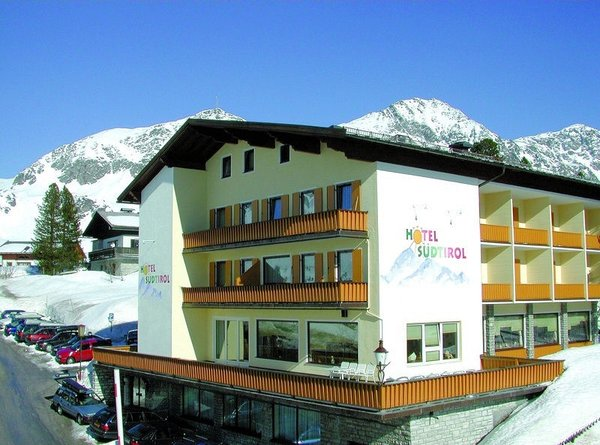 hotel-sudtirol-obertauern-wintersport-oostenrijk-ski-snowboard-raquette-schneeschuhlaufen-langlaufen-wandelen-interlodge.jpg