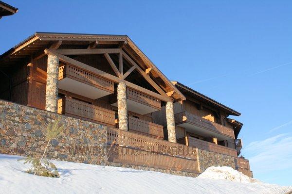 buitenkant-residence-le-hameau-du-beaufortain-les-saisies-espace-diamant-wintersport-frankrijk-ski-snowboard-raquettes-schneeschuhlaufen-langlaufen-wandelen-interlodge.jpg